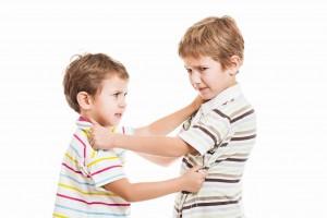 Mor søger hjælp til jalousi mellem søskende.